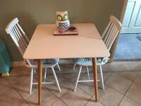 Next table and chairs