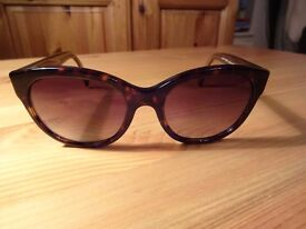 100% Authentic BURBERRY Sunglasses BE 4187 3506/13 - Tortoise {Serial on Lens}