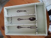 SHABBY CHIC WOODEN DISTRESSED CUTLERY BOX