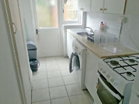 3bed house in Wood Green, close to station, garden