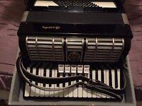 Galotta 72 bass piano accordian