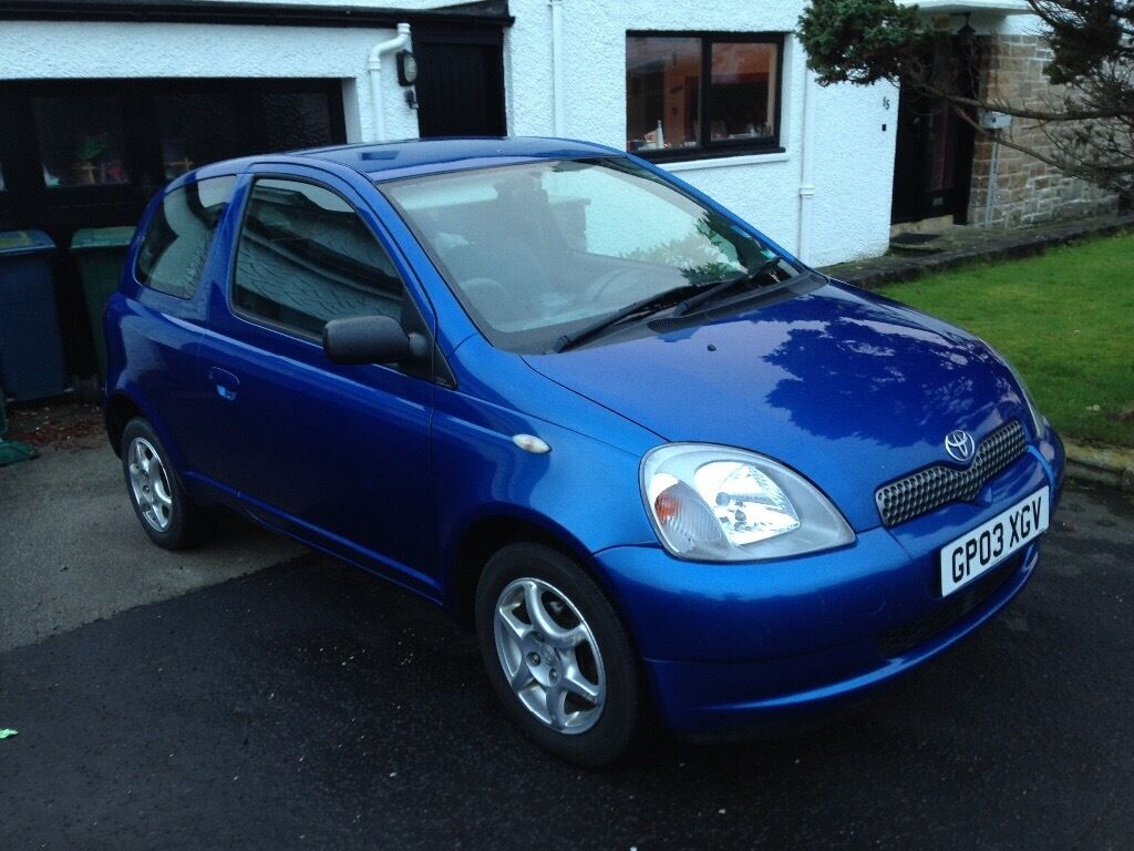 toyota yaris 1 0 vvt i colour collection 3dr in milngavie glasgow gumtree. Black Bedroom Furniture Sets. Home Design Ideas