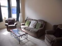***STUDENTS, STUDENTS, STUDENTS - 1 BED FLAT ON MIDDLETON STREET £425***