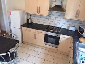 Student House 4/5 rooms in excellent condition close to University and Town Centre