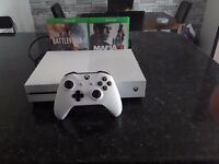 X box one 500 gb one controller 2 games included maffia 3 battlefield no box excellent condition
