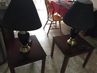 2 End tables and 2 black lamps for sale