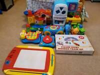Toy bundle kitchen train
