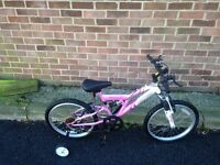 Kids girl bike for sale in very good