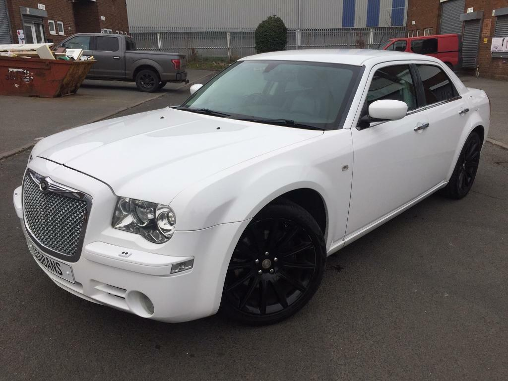 White Chrysler 300 >> 2008 Chrysler 300c In White Baby Bentley 12 Months Mot 20 Alloys Luxury Car In Redditch Worcestershire Gumtree