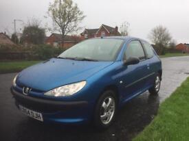 Peugeot 206 2004 3 door hatchback in blue