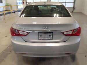 2011 Hyundai Sonata GLS| SUNROOF| BLUETOOTH| HEATED SEATS| 144,3 Kitchener / Waterloo Kitchener Area image 5