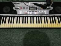 Gear 4 music keyboard and microphone