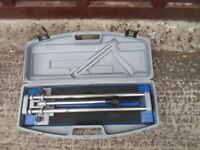 Tile cutter with measure guide and case good clean condition