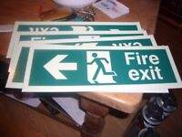 18 fire door signs