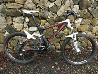 Scott Genius LT30 Carbon Full Suspension MTB mountain bike with remote Dual-Lock/Lock out