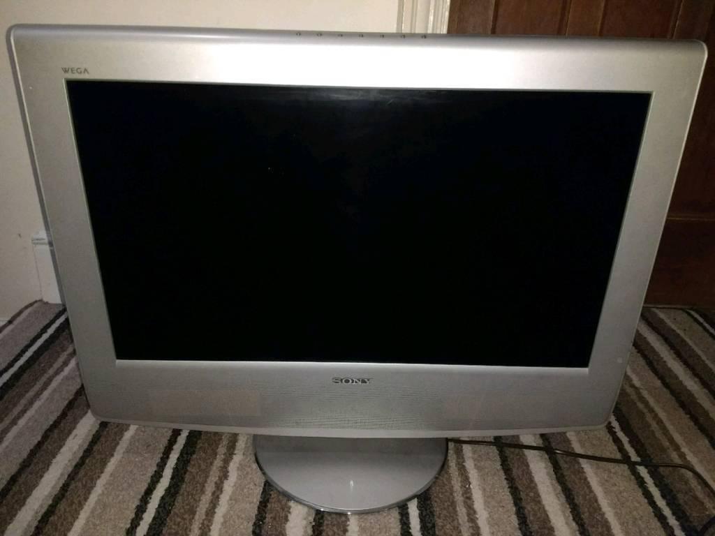 "Sony Bravia KLV-27HR3 27"" 720p HD LCD Television"