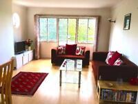 2 bedroom flat in Shepherds Hill, London