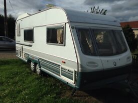 Avondale land ranger cruiser 2001 modell 4 berth twin axle electronic heating system end wash