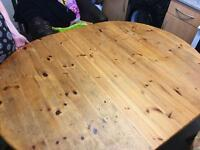 Wooden table folding