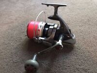 Quantum HyperCast Surf 865 Fixed Spool Sea Beach Fishing Reel Super Smooth