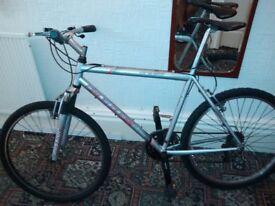 Claud Butler mountain bike 26 wheels adult size