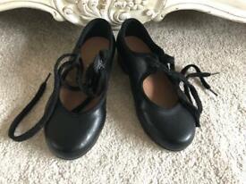 Tap shoes size (toddler) Uk 7 &half