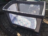 Travel Cot very good condition hardly used
