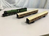 Hornby Train Set with lots of bits