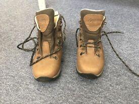 Anatom tri-area q2w Womens Hiking Boots size 5 (UK)/38 (EUR), medium/narrow