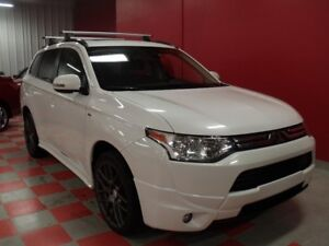 2014 Mitsubishi Outlander SE**4X4**V6**7 PASS**CAMERA