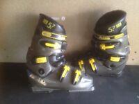 Ski Boots, Mens Size 8