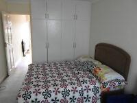 Studio flat for rent in Heston