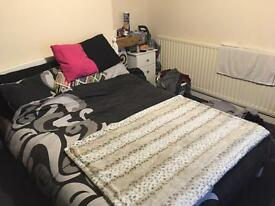 Student room ready to rent from end of April