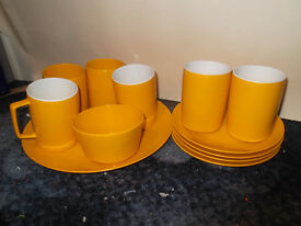 Melaware 12 piece picnic set