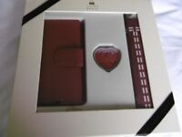 Tommy and Kate Purse, Umbrella and Mirror Gift Set
