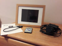"Digital Photo Frame 8"" screen. Excellent condition"