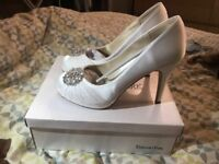 Brand new ivory wedding shoes size 7