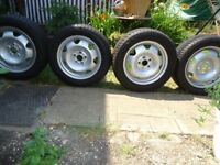 17 x 4 Genuine VW Alloys Wheels and WINTER tyres Will Fit VW T5-T6 ( ALMOST NEW TIRES )
