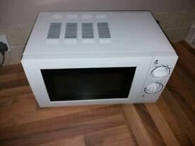 George Manual Microwave 17Litres