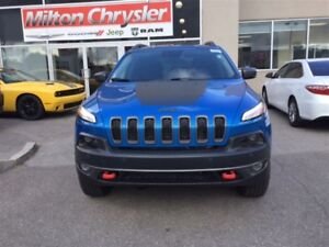 2018 Jeep Cherokee TRAILHAWK 4X4 / V6 / LEATHER