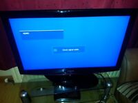 Samsung LE40R87BDx/XEU 40 inch LCD TV HD Ready with built in Freeview