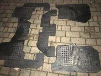 Original Land Rover Discovery 3 Rubber Floor Matts.