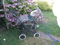 Mummas and Pappas Pram/pushchair.