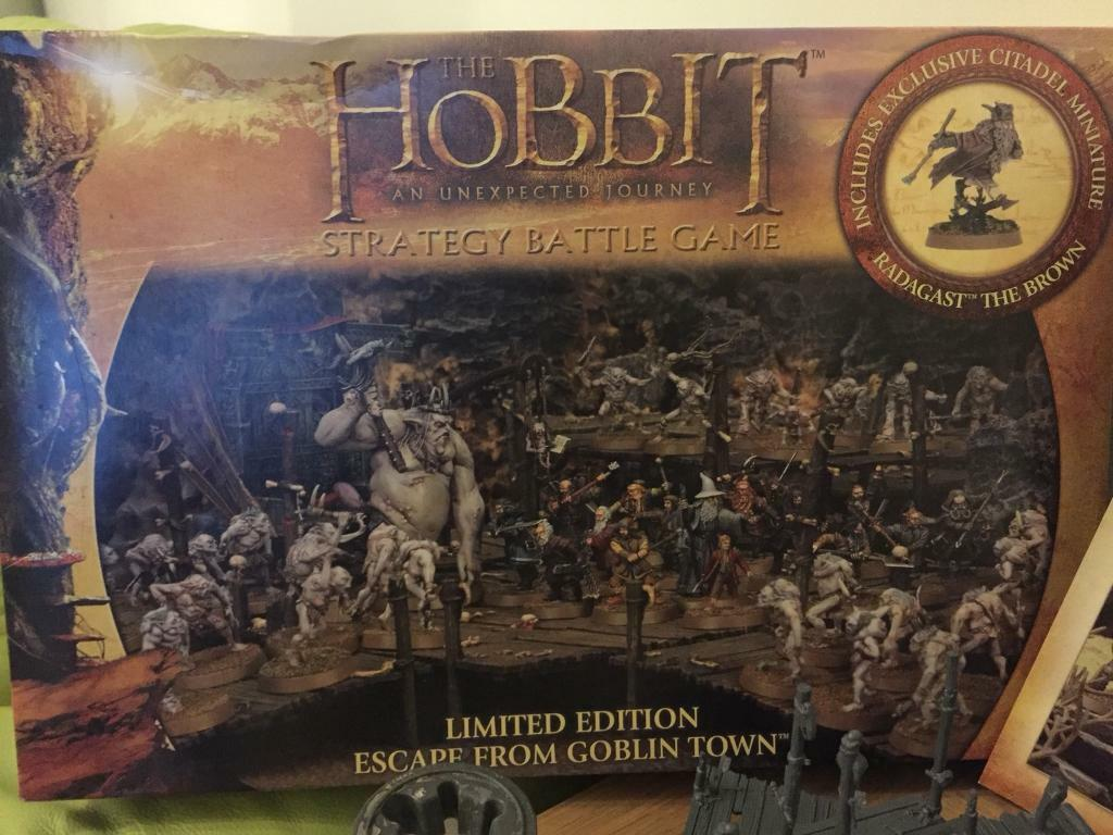 Citadel Hobbit Escape from goblin town Strategy Game & paints