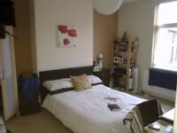 Excellent room in lovely shared house. PRICE INCLUDES ALL BILLS