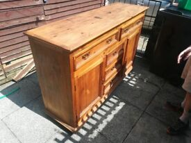 segusino sideboard/cupboard