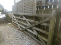 12ft 5 bar diamond field gate ex display
