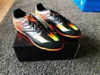New Boxed Older Boys Adidas Messi Astro Trainers Size 5.5