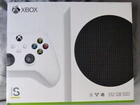Xbox Series S 512GB Console - Mint Condition, Boxed with Controller, Cables and Batteries