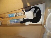 iAXE393 BEHRINGER ELECTRIC GUITAR IN BOX